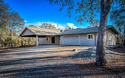 Photo of 14565 Chico Ct, Red Bluff, CA 96080 (MLS # 20-5607)