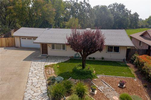 Photo of 330 Newport Dr, Redding, CA 96001 (MLS # 20-4609)