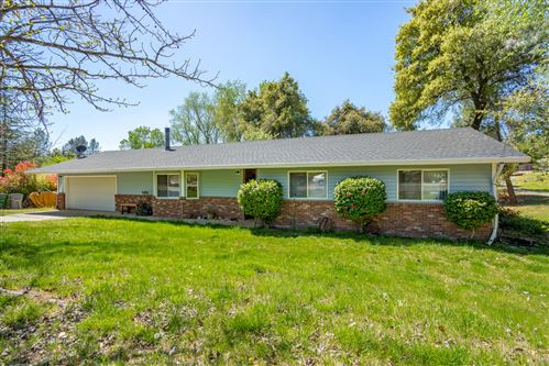 Photo of 1934 Herbscenta Ln, Redding, CA 96003 (MLS # 21-1614)