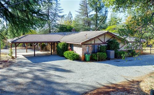 Photo of 19287 Roxie Ln, Redding, CA 96003 (MLS # 20-5622)