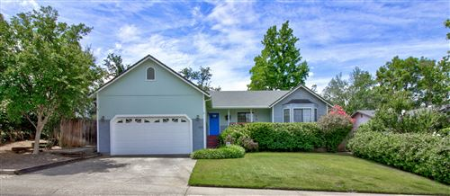 Photo of 1828 Mary Lake Dr, Redding, CA 96001 (MLS # 20-2623)
