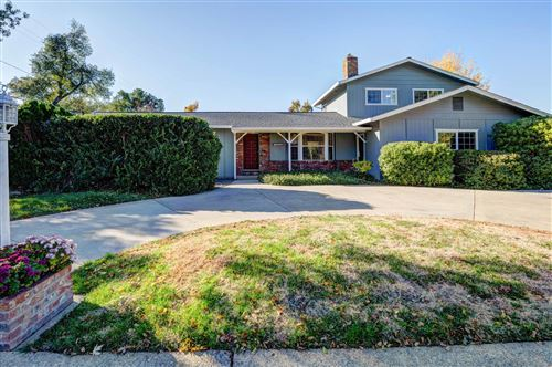 Photo of 3636 Traverse St, Redding, CA 96002 (MLS # 20-5630)