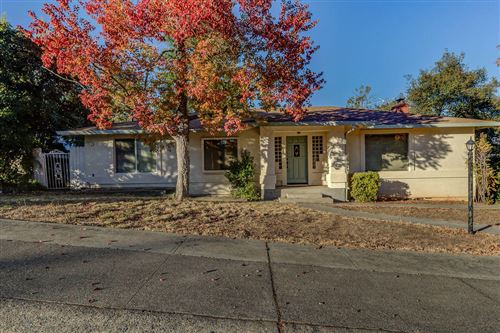 Photo of 3640 Altura Ave, Redding, CA 96001 (MLS # 20-5641)