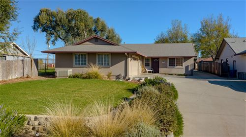 Photo of 20902 Pebblestone Dr #2, Red Bluff, CA 96080 (MLS # 21-1643)