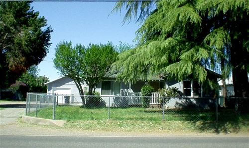 Photo of 270 Chestnut Ave, Red Bluff, CA 96080 (MLS # 21-1644)