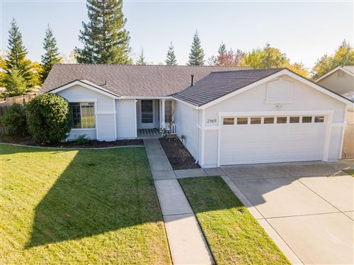 Photo of 2169 Hemingway St, Redding, CA 96003 (MLS # 20-5645)