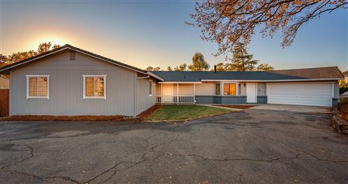 Photo of 8884 Olney Park Dr, Redding, CA 96001 (MLS # 20-5688)