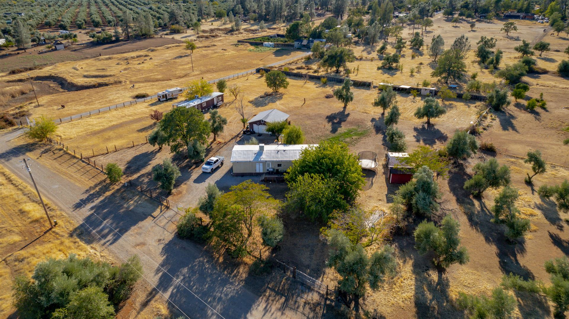 Photo of 5830 Sherry Ln, Anderson, CA 96007 (MLS # 21-4703)