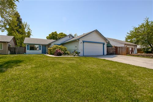 Photo of 1851 Vega St, Redding, CA 96002 (MLS # 21-1729)