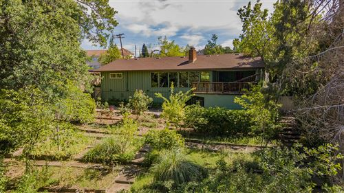 Photo of 3010 Pioneer Dr, Redding, CA 96001 (MLS # 21-1733)