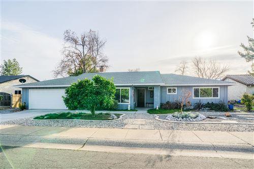 Photo of 4163 Villa Dr, Redding, CA 96001 (MLS # 21-746)
