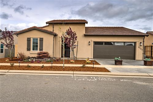 Photo of 4703 Pleasant Hills Dr, Anderson, CA 96007 (MLS # 20-763)