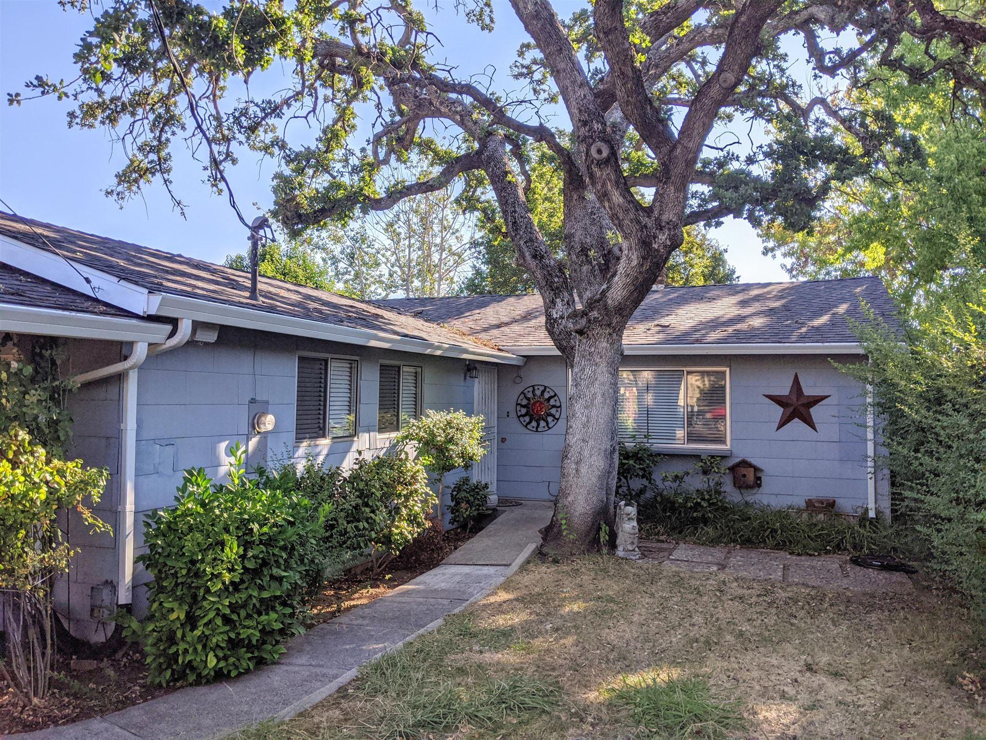 1545 Oak St, Redding, CA 96001 - MLS#: 20-3764
