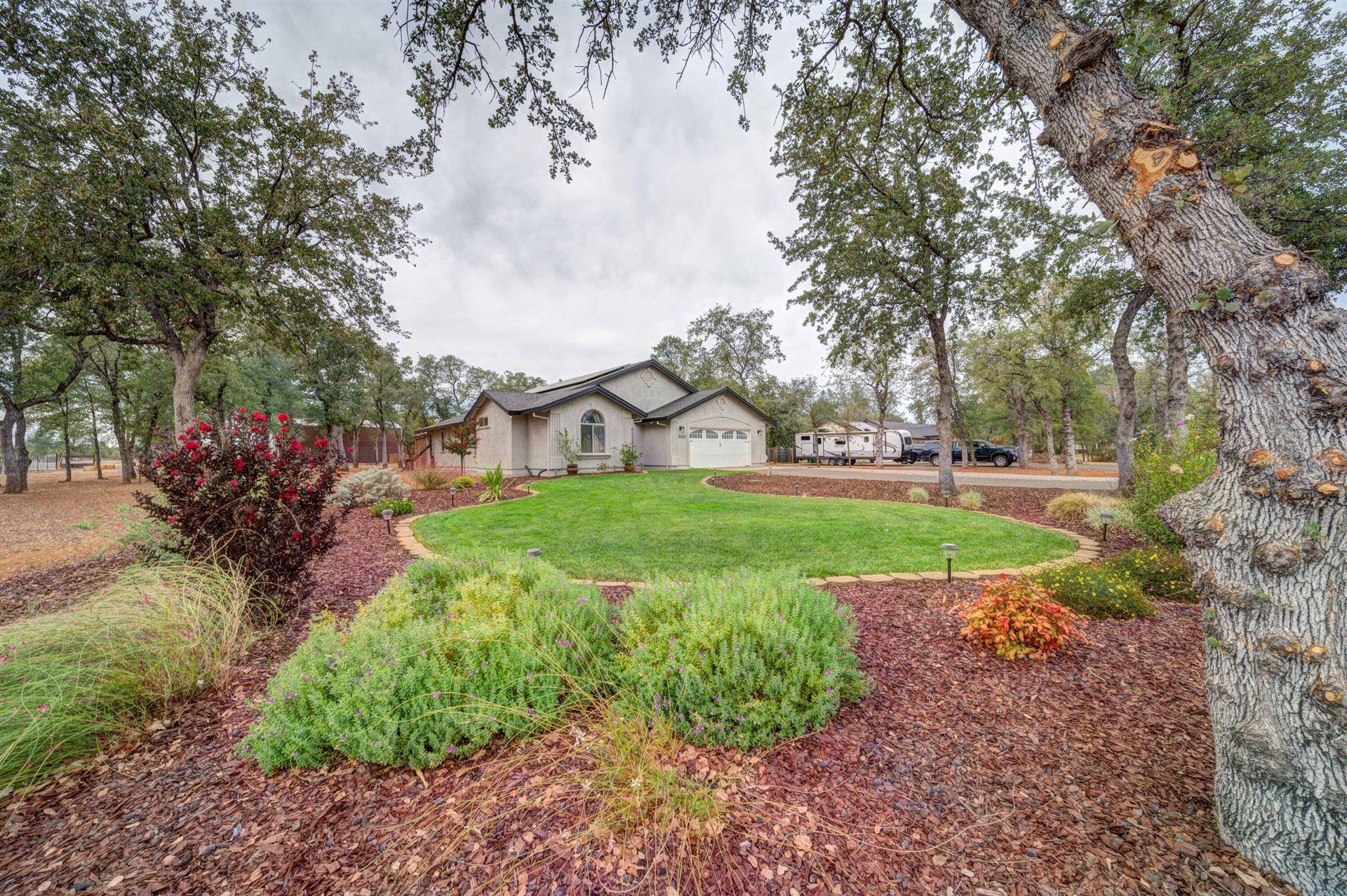 Photo for 6420 Ledgestone Ct, Anderson, CA 96007 (MLS # 21-4773)