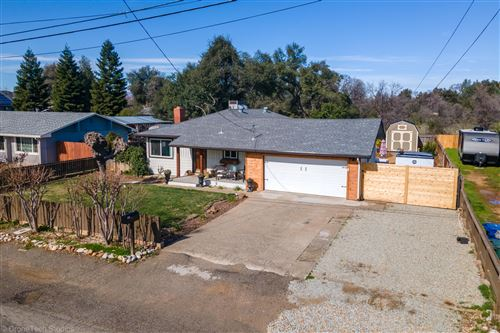 Photo of 1082 De Moll, Redding, CA 96002 (MLS # 21-800)
