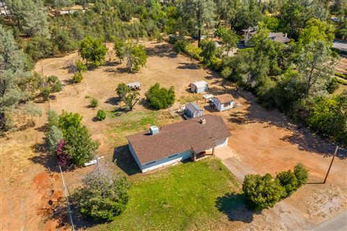 Photo of 17682 Flowers Ln, Anderson, CA 96007 (MLS # 20-3816)