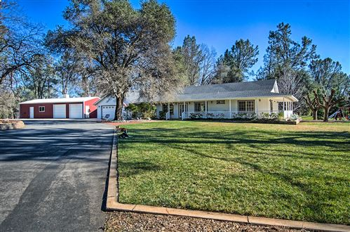 Photo of 12465 Maria Dr, Redding, CA 96003 (MLS # 21-821)