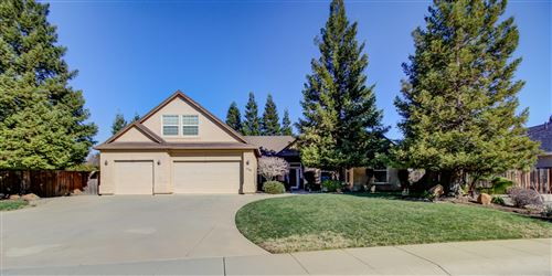 Photo of 2748 Madison River Dr, Redding, CA 96002 (MLS # 21-822)