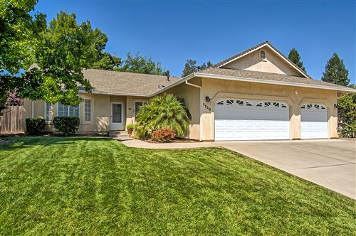 Photo of 1730 Galway Dr, Redding, CA 96001 (MLS # 20-3828)