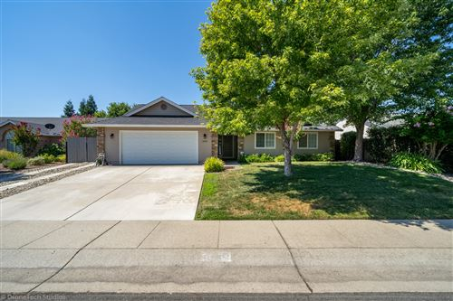 Photo of 3099 Blue Bell Dr, Redding, CA 96001 (MLS # 20-3849)