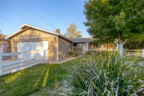 Photo of 2619 Alfreda Way, Redding, CA 96002 (MLS # 20-3853)