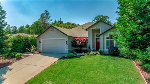 Photo of 956 Montclair Dr, Redding, CA 96003 (MLS # 21-853)