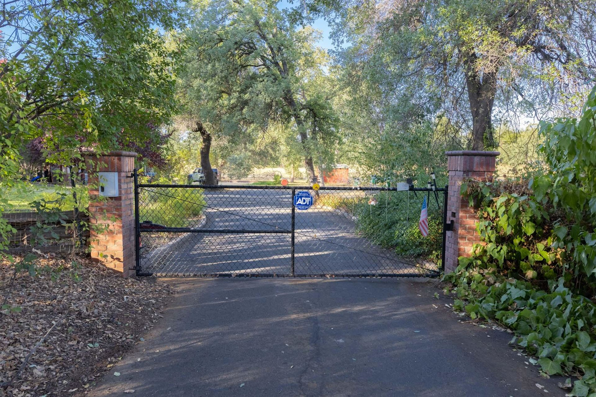 Photo of 1162 Arizona St, Redding, CA 96002 (MLS # 21-4880)