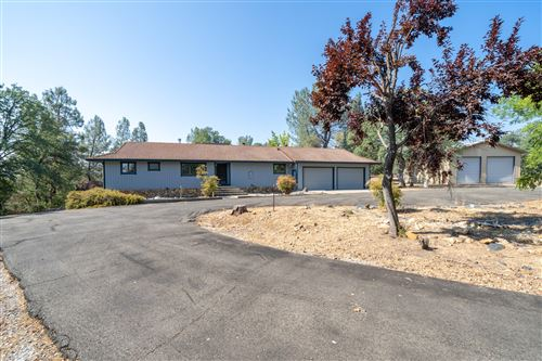 Photo of 10560 Old Oregon Trl, Redding, CA 96003 (MLS # 21-882)