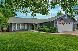 Photo of 2765 Flagstone Ct, Anderson, CA 96007 (MLS # 19-3884)