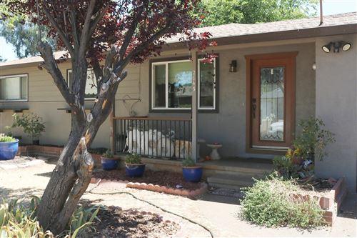 Photo of 2843 Kenco Ave, Redding, CA 96002 (MLS # 21-2886)