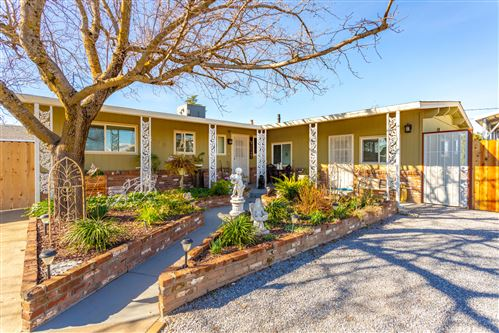 Photo of 3510 Rhonda Rd, Cottonwood, CA 96022 (MLS # 21-892)