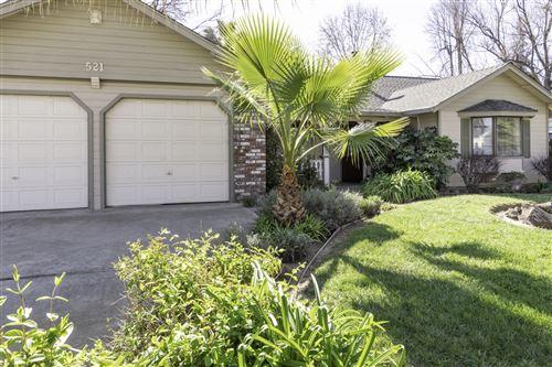Photo of 521 Rivella Vista Dr, Redding, CA 96001 (MLS # 21-897)