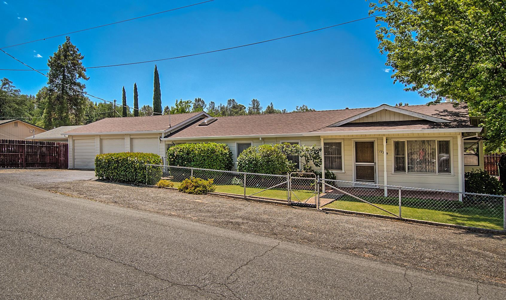 Photo of 17779 Pine Ave, Shasta Lake, CA 96019 (MLS # 21-2906)