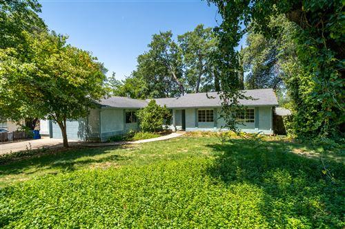 Photo of 1095 Harpole Rd, Redding, CA 96002 (MLS # 21-2908)