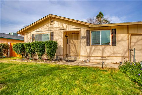Photo of 20976 Foxhunt Dr, Cottonwood, CA 96022 (MLS # 20-917)