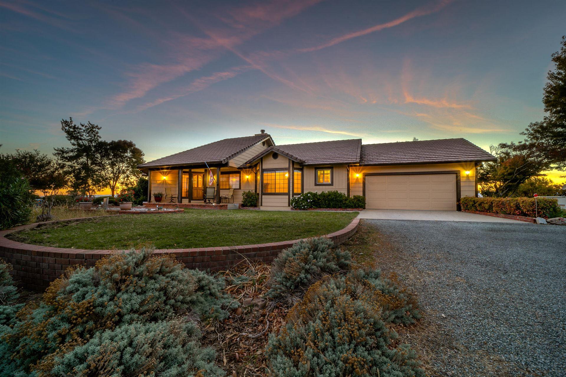 Photo of 22510 Meadowcrest Ln, Palo Cedro, CA 96073 (MLS # 21-4923)