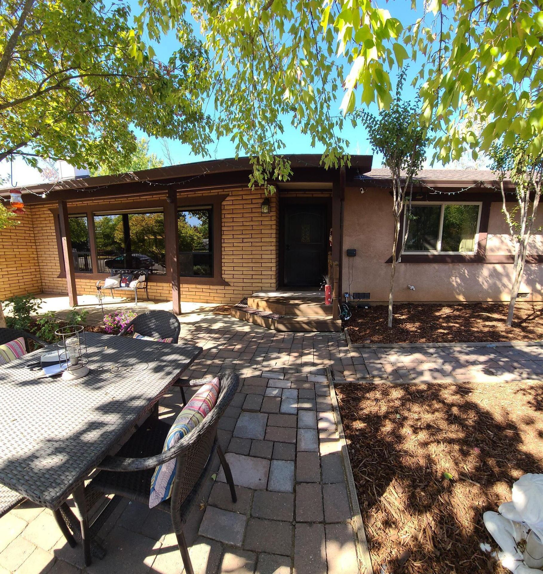 Photo of 7124 Hermosa Way, Redding, CA 96002 (MLS # 21-4925)
