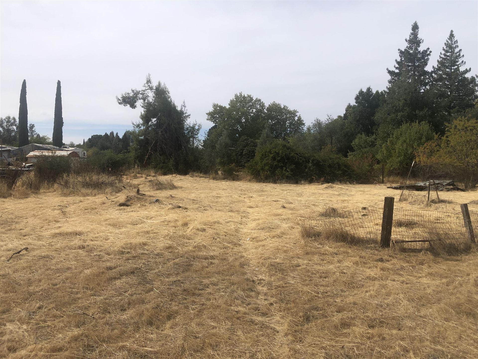 Photo of 7041 Nelda Way, Redding, CA 96002 (MLS # 21-4928)