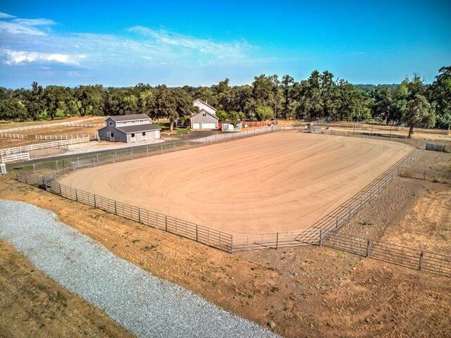 Photo of Swan Ct, Cottonwood, CA 96022 (MLS # 21-2989)