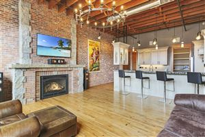 Photo of 33 W Brundage Street #Suite 403, Sheridan, WY 82801 (MLS # 19-368)