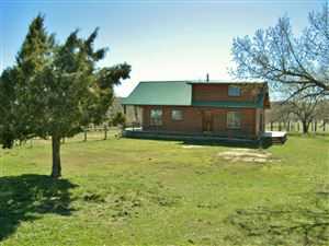 Tiny photo for 58 Wild Horse Road, Arvada, WY 82831 (MLS # 18-376)