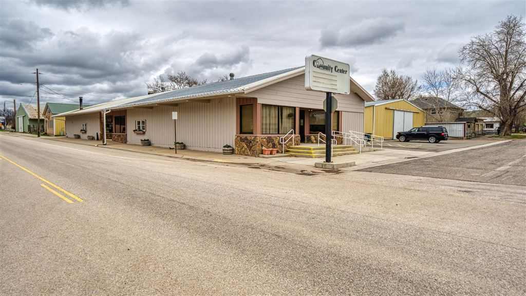 Photo for 411 W US HWY 14, Ranchester, WY 82839 (MLS # 19-390)