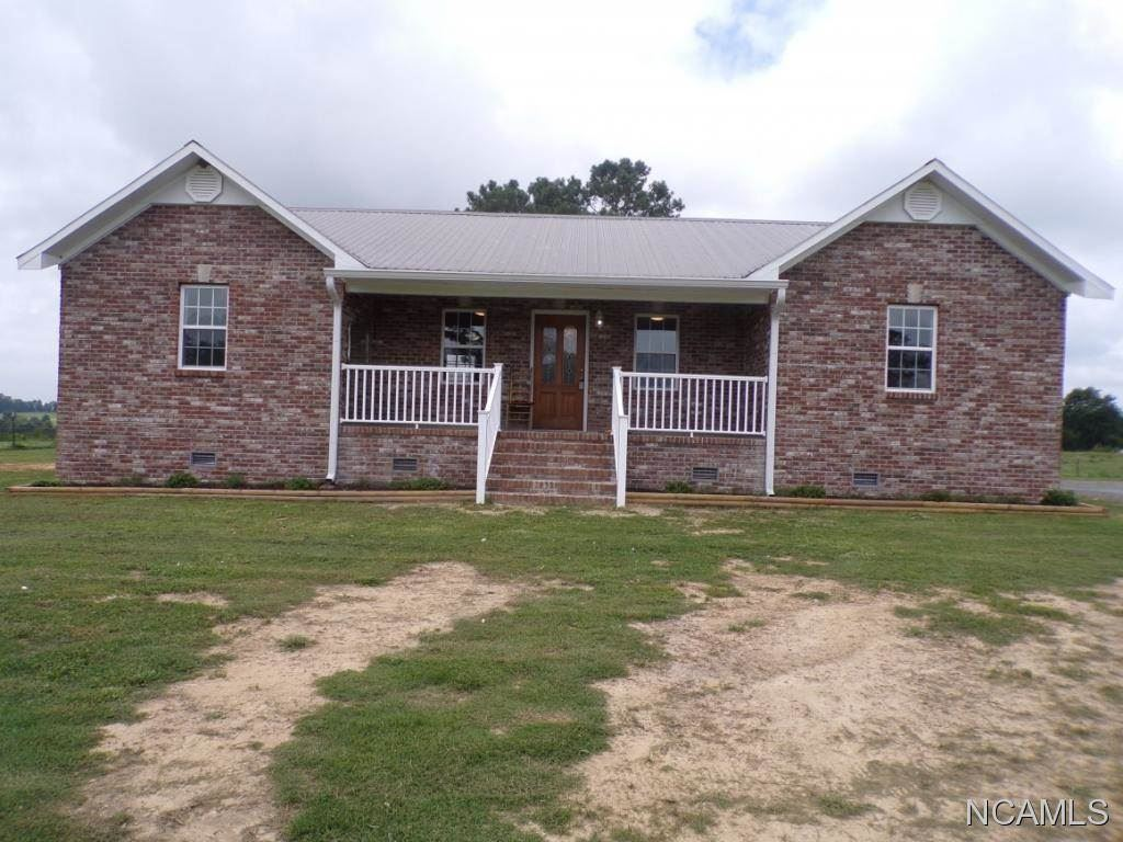 195 Lakewood Dr E, Muscle Shoals, AL 35661 - #: 428018