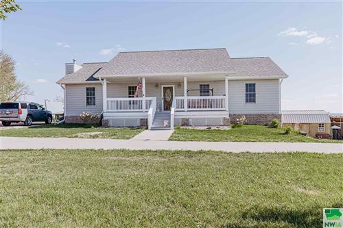 Photo of 1616 110th Street, Sioux City, IA 51108 (MLS # 813044)
