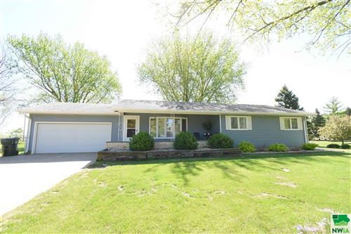 Photo of 1602 Lake Ave, South Sioux City, NE 68776 (MLS # 813062)