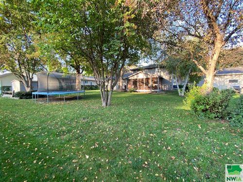 Tiny photo for 207 Iowa Ave SW, Orange City, IA 51041 (MLS # 815087)