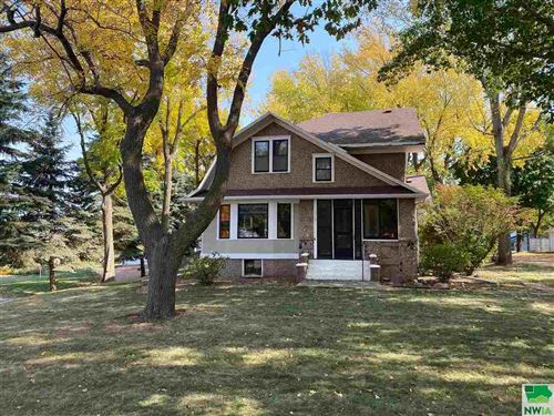 Photo of 101 Frankfort Ave SE, Orange City, IA 51041 (MLS # 811097)