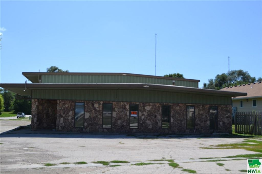 Photo for 600 W 13th St., South Sioux City, NE 68776 (MLS # 806113)