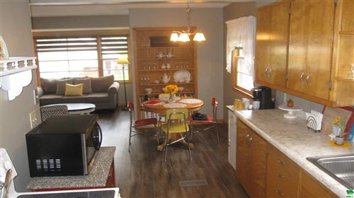 Tiny photo for 23 8th Street SW, Sioux Center, IA 51250-1332 (MLS # 815122)