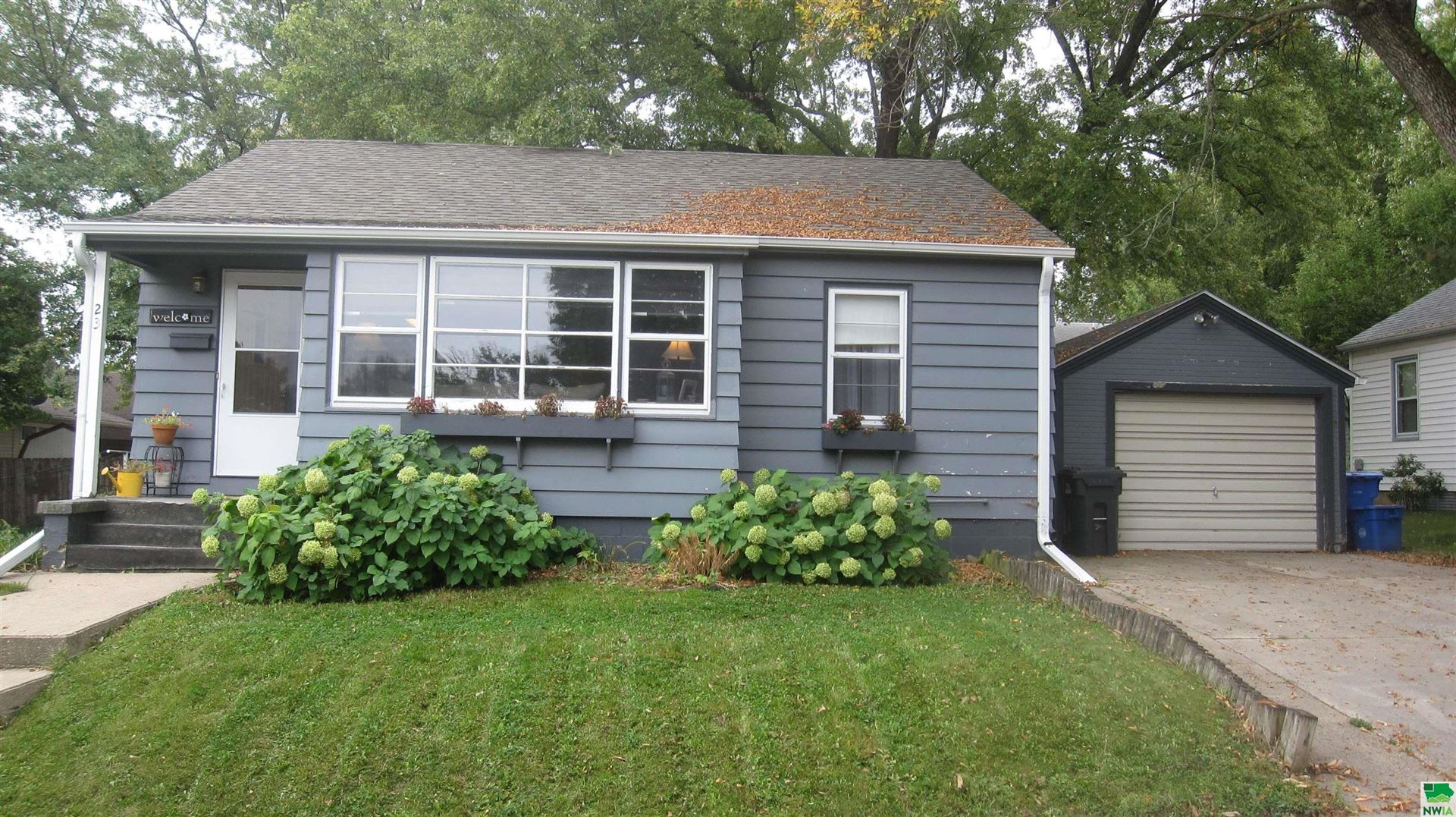Photo for 23 8th Street SW, Sioux Center, IA 51250-1332 (MLS # 815122)